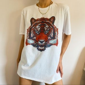 Fierce Oversized Slouchy Tiger Head Graphic Tee